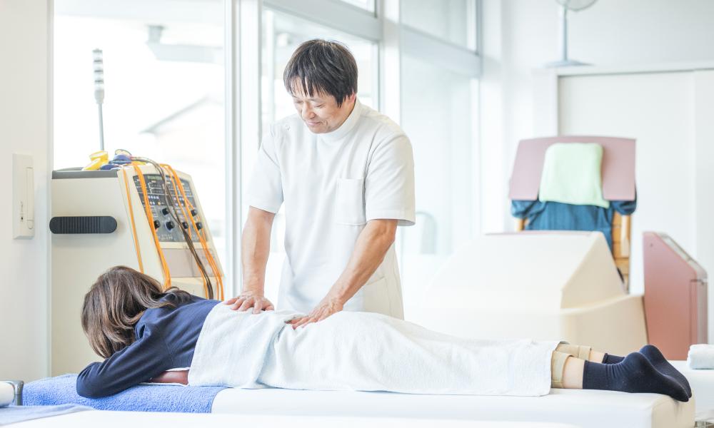 東洋医学をご存知ですか?マッサージや鍼灸などによる治療で消炎・鎮痛し、リラクゼーションを。